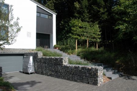 Uccle_contemporain_gabions (5).JPG